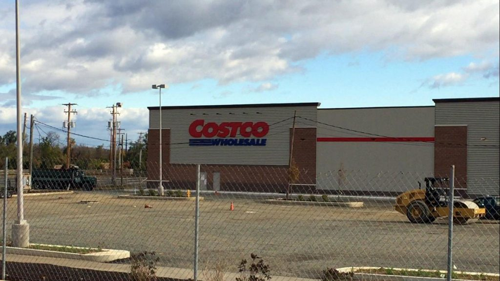 mc-lower-macungie-costco-hamilton-crossings-grand-opening-advance-20161117